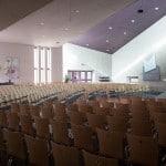Koppelbare kerkstoelen