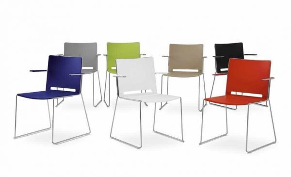Stapelbare stoel