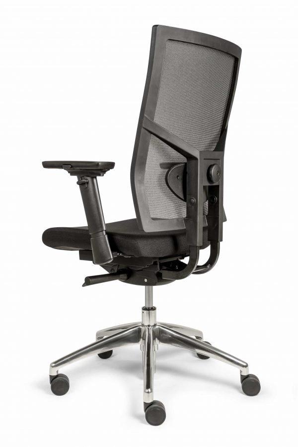 Ergonomische bureaustoel (BM35 Edition Netwave) schuin achter aanzicht