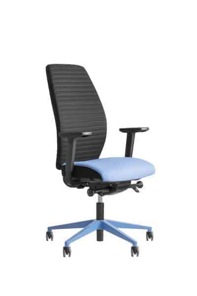 Be Brave 250 bureaustoel blauwe voetenkruis
