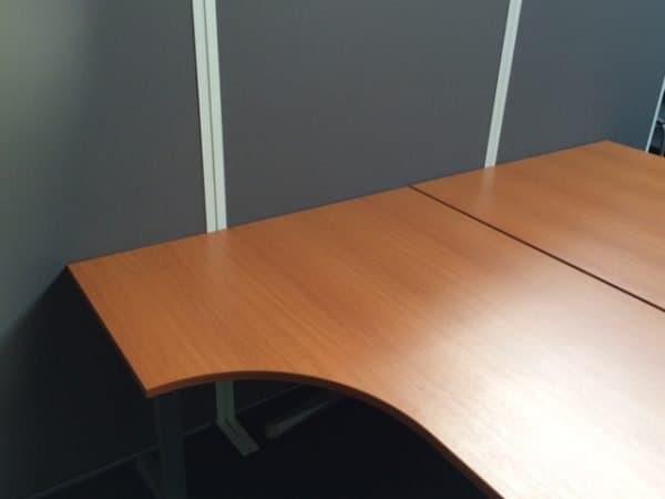 Gebruikt hoek bureau