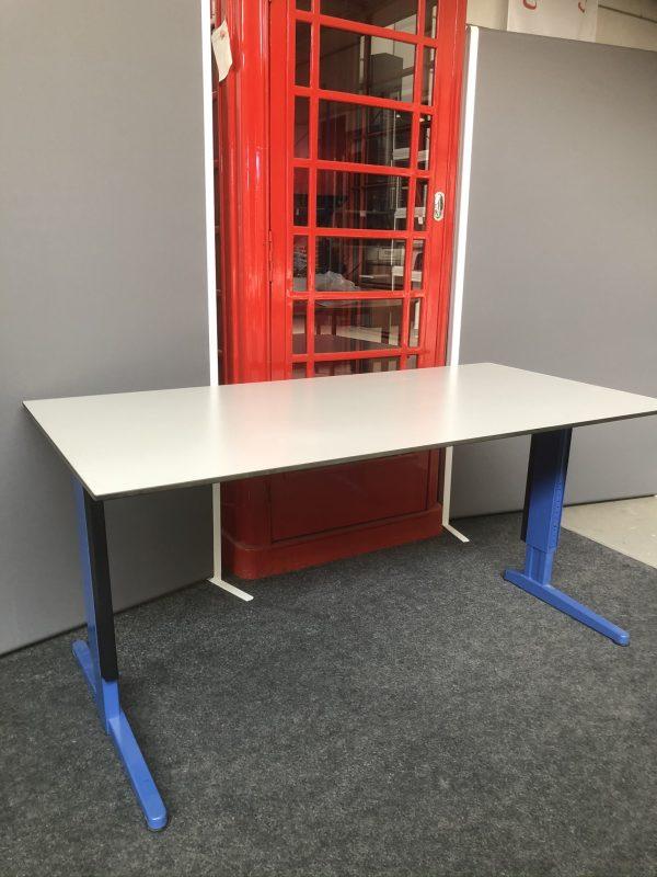 Aspa instelbaar bureau